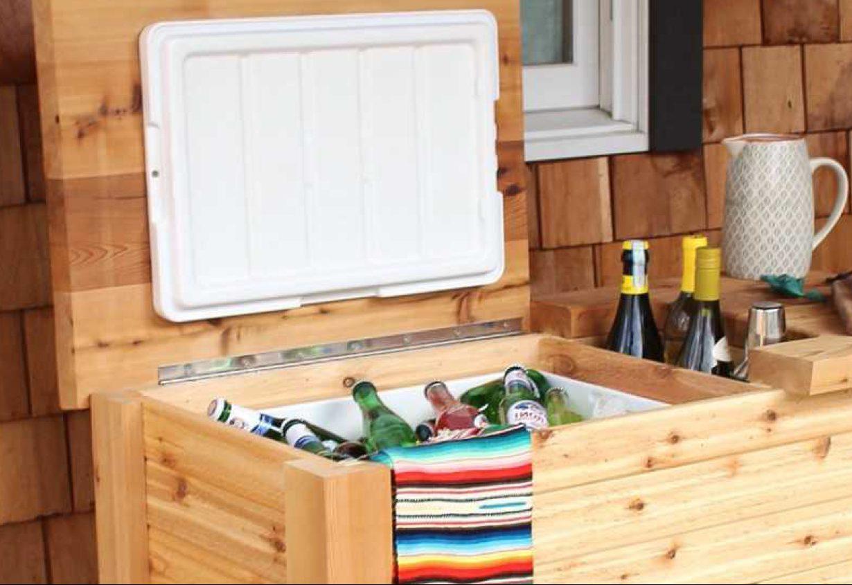 Build a Portable Cedar Cooler Stand
